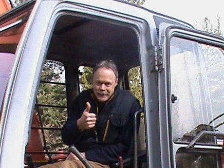 Excavation-Excavating-Sunshine Coast-BC-Dennis-Wagman